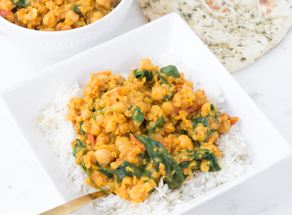Easy Chickpea and Lentil Curry - quarantine cooking